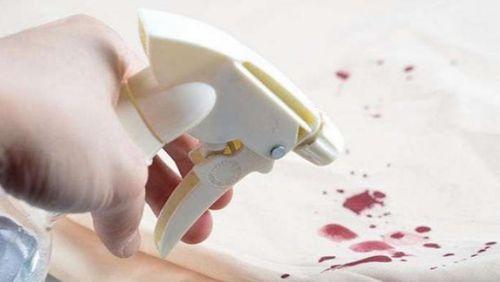 Удаление пятен крови