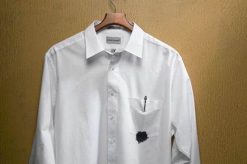 Пятно от ручки на рубашке