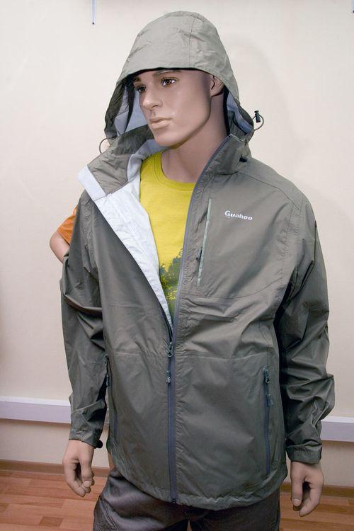 Серая куртка из мембраны